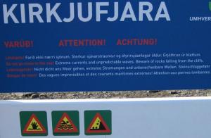 Aviso peligrosidad Playa Kirkjufjara
