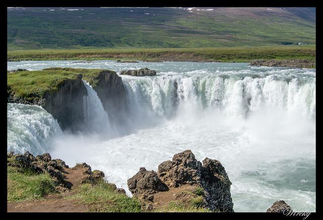 Islandia día 6: Mývatn, Godafoss, Akureyri, Glaumbaer, Vidimyrarkirkja, Grundarfjördur